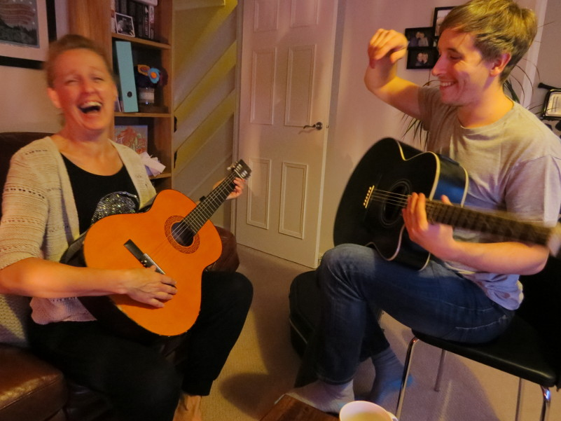 learn guitar 4